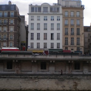 Apartment on the Seine at 11 quai Saint Michel
